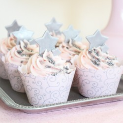 Pink Champagne Cupcakes – Cupcake Couture Blog Party