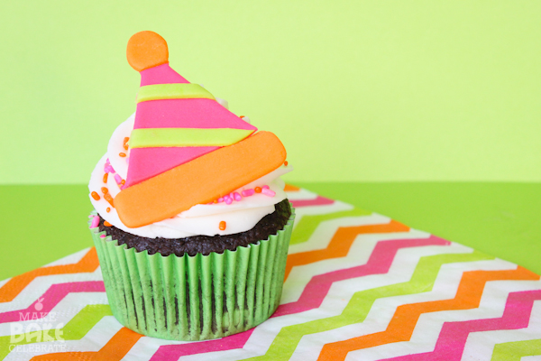 Easy Fondant Cupcake Toppers