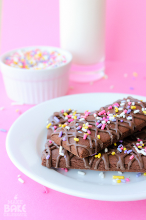 Chocolate Drizzled Cookies Sticks