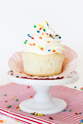 Basic {yet delicious} White Cupcake