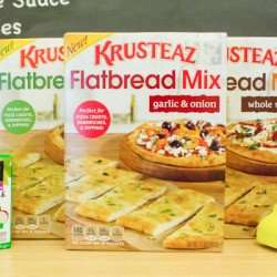 Lunch Time Play Date With Krusteaz Flatbread!